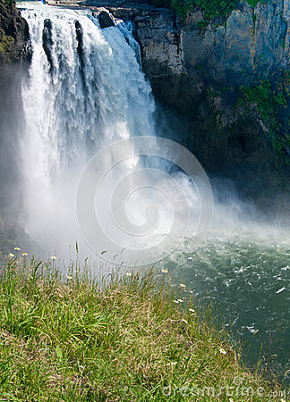 Free Snoqualmie Falls Royalty Free Stock Photo - 26053625