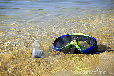 Snorkel on the beach