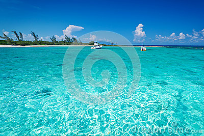 Snorkeling boat on turquise Caribbean Sea