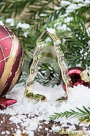 Snow covered christmas tree baking tin