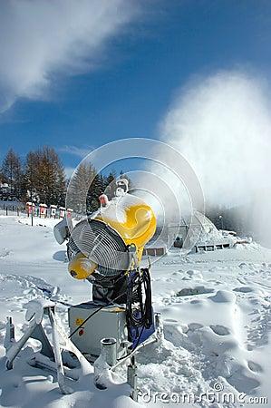 Snow gassier