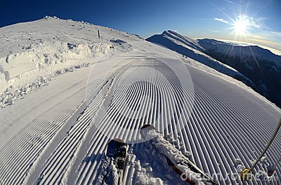 Snow grooming machine tracks