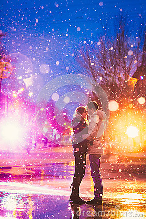Free Snow Lovers Kiss City Royalty Free Stock Image - 52741766