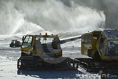 Snow making equipment