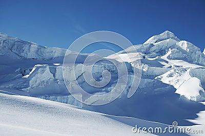 Snow mountain_1