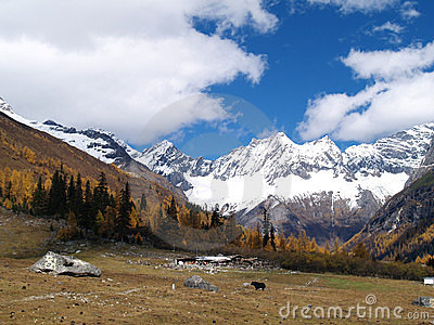 Snow Mountain - Shuang Qiao Valley