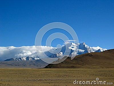 SNOW MOUNTAIN in Tibet