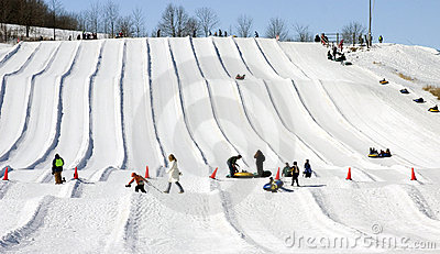 Snow tubing runs