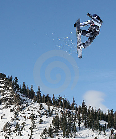 Free Snowboarder Jumping Royalty Free Stock Images - 3998219