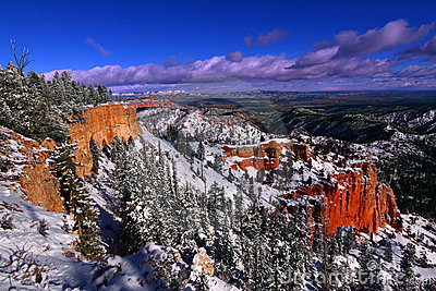 Snowfall in Bryce Canyon