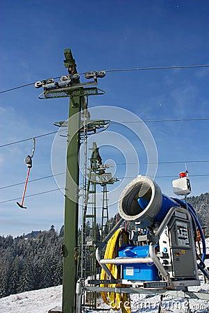 Free Snowgun With Ski-lift-mast Stock Photos - 1610603