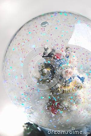 Snowing globe