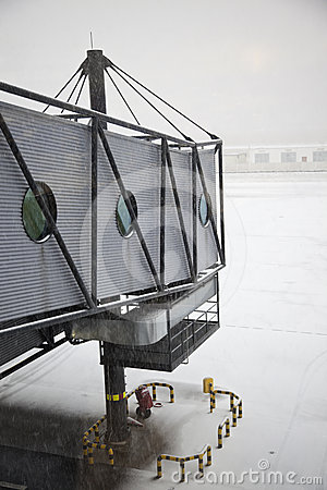 Free Snowing On The Airport Royalty Free Stock Photography - 24597607