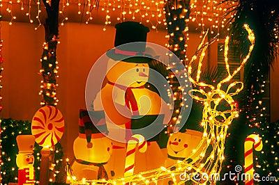 Snowman Family - Night