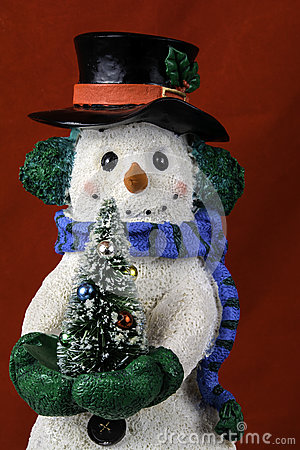 Free Snowman Figurinne Royalty Free Stock Image - 63405636