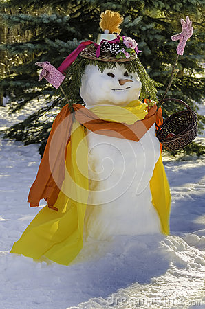 Snowman Snow-lady with basket