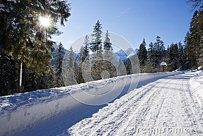 Snown road