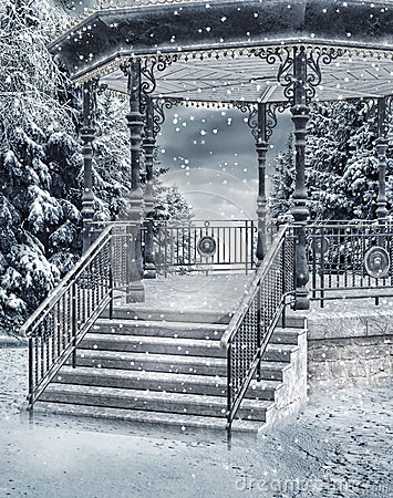 Free Snowy Gazebo Royalty Free Stock Images - 35062319