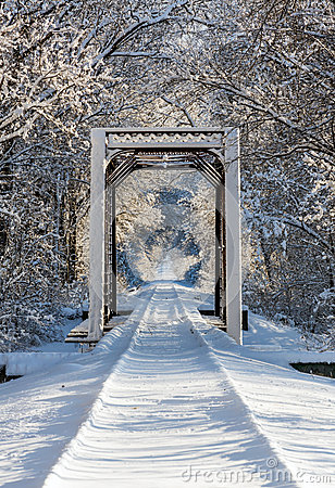 Free Snowy Train Trestle Stock Image - 36544681