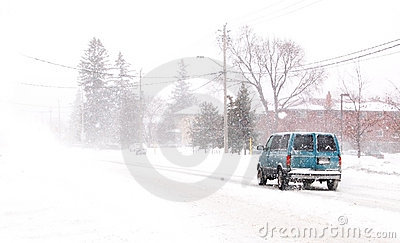 Snowy van Editorial Photography