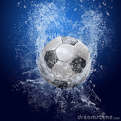 Free Soccer Ball Under Water Stock Images - 13272384