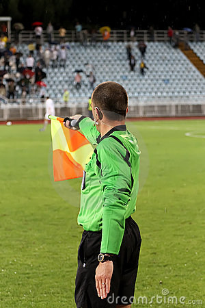 Free Soccer Linesman Royalty Free Stock Images - 16581909