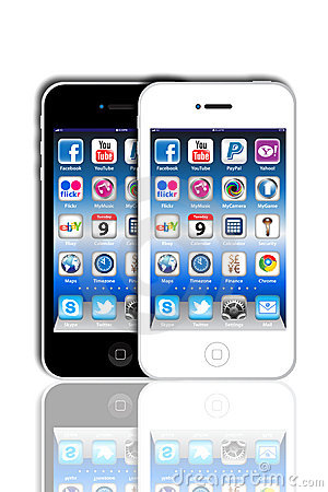 Free Social Madia Apps On A Apple IPhone 4S Royalty Free Stock Images - 20085589