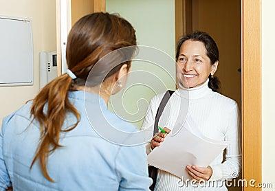 social work women population essay