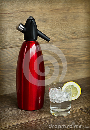 Free Soda Siphon And Soda Glass Stock Images - 35622314