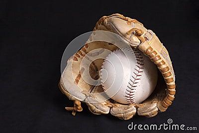 Sofball glove