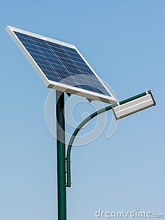 Free Solar Energy Light Post Royalty Free Stock Photography - 39358827