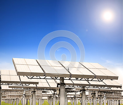 Solar panel with sun tracking system