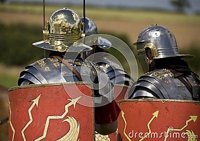 Soldados romanos en armadura
