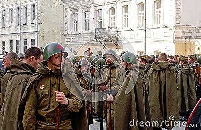 Se necesita skinner (Mod de la segunda guerra mundial) - Página 2 Soldados-rusos-jovenes-en-el-uniforme-de-la-segunda-guerra-mundial-thumb10012366