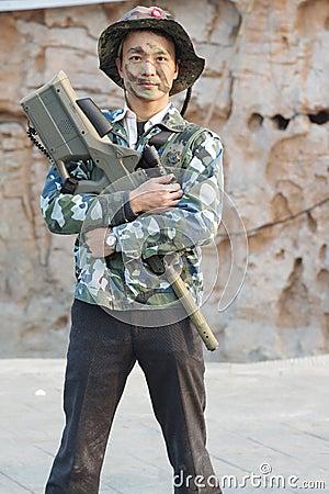 Soldier hug  laser gun