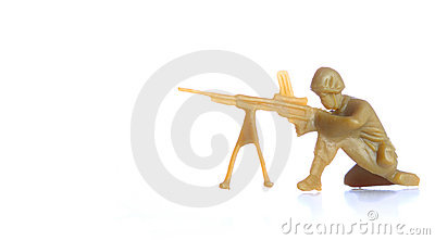 Soldier with machine gun pose