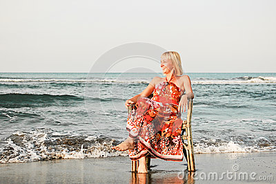 Solitude woman on the beach