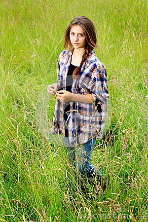 Pretty Country Girls With Brown Hair Somber Teen In Field S...
