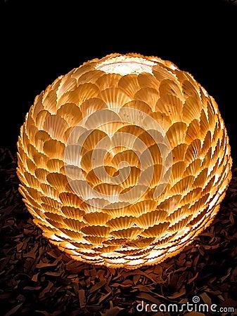 Sombra de lámpara de los cuencos del mar.
