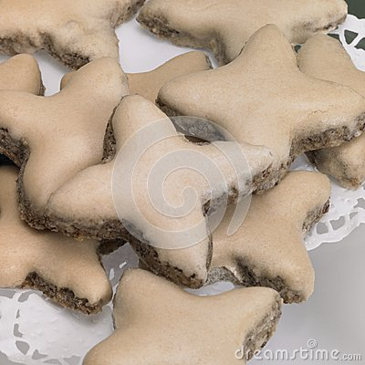Light brown cinnamon stars