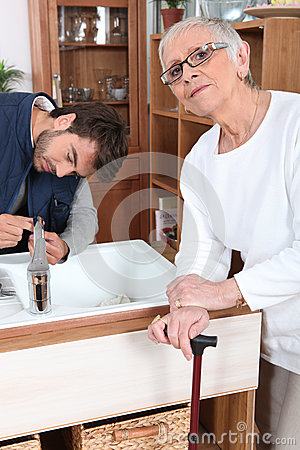 Son fixing tap