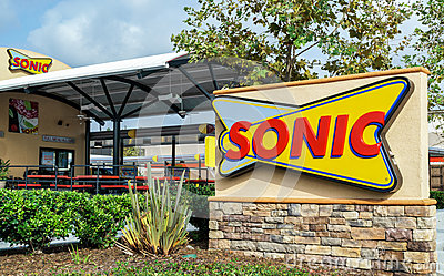sonic drive in restaurant editorial photography image 61042207. Black Bedroom Furniture Sets. Home Design Ideas