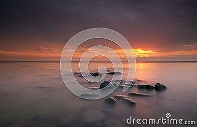 Sonnenaufgang über Ozean