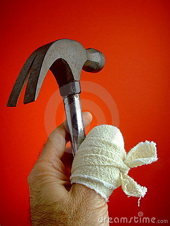 Free Sore Thumb With Hammer Royalty Free Stock Photo - 5277425