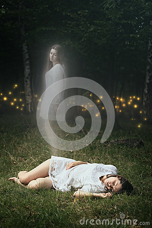 Free Soul Of A Dead Girl Is Leaving Her Body Stock Photography - 43322592