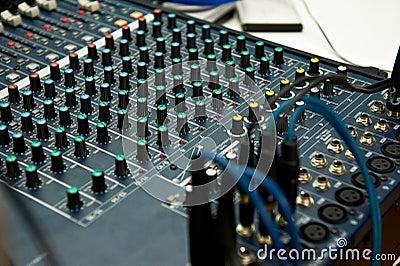 Sound device DJ