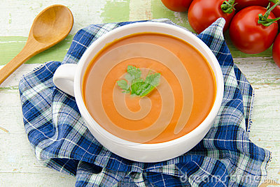 Soupe faite maison tomate photographie stock image - Soupe de tomate maison ...