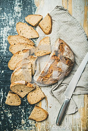Free Sourdough Wheat Bread Loaf Stock Images - 117725464