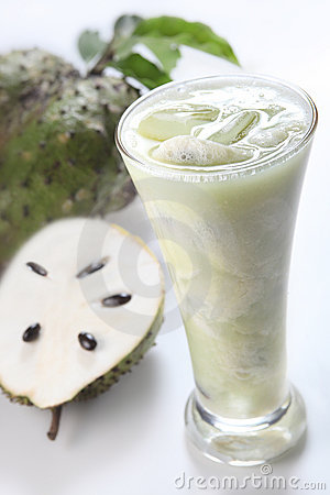 Free Soursop Fruit Juice Royalty Free Stock Photos - 19999288