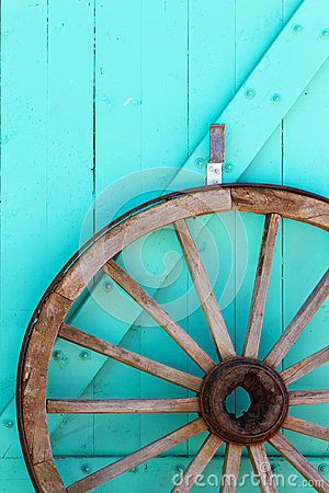 Free Southwestern Wagon Wheel Stock Photography - 29721552